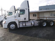 2012 Freightliner Cascadia Day Cab Detroit 475 includes a 400, 000 km warranty